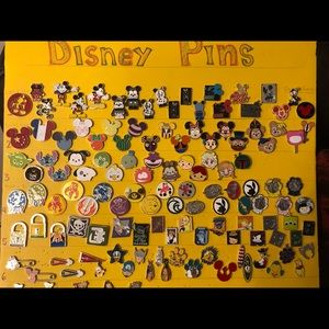 DISNEY Pin Lot. SALE 10 pins $13